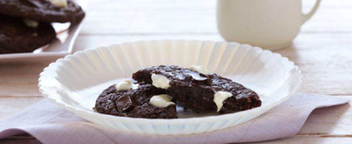 Chewy Fudge Chunk Cookies