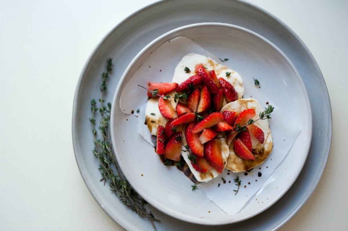 Strawbery Mozzarella with Thyme Balsamic Sauce