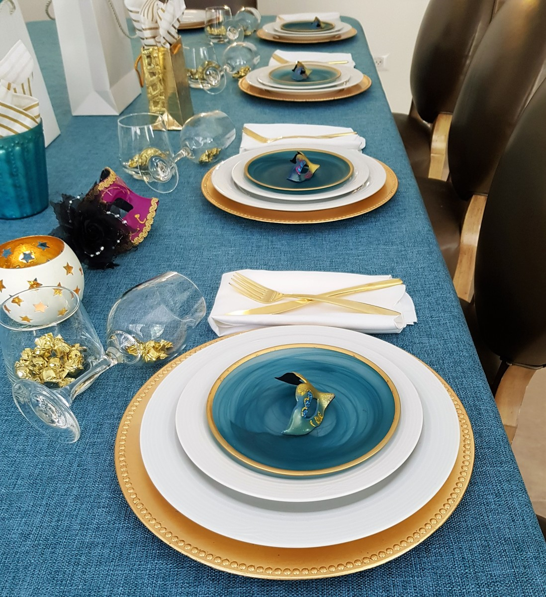 SandyB Purim Tablescape 2019 (1)