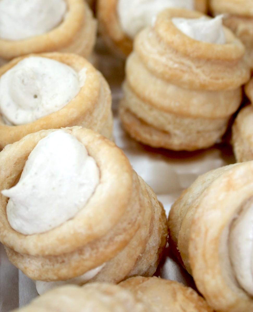 Rosemary Cashew Cheese Puffs