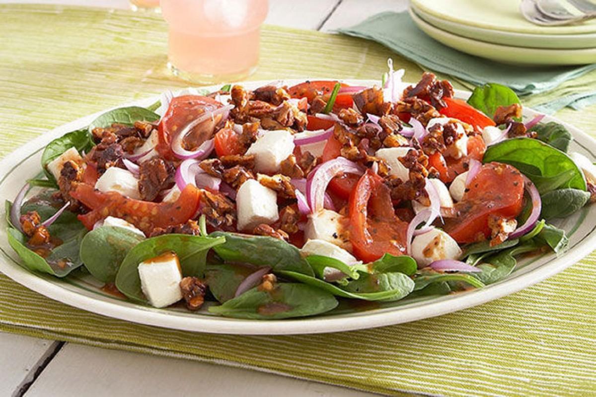 Warm Tomato-Spinach Salad