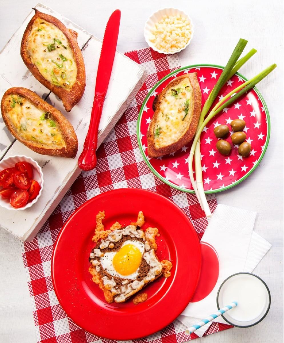 Cheese Omelet Stuffed Bread Rolls