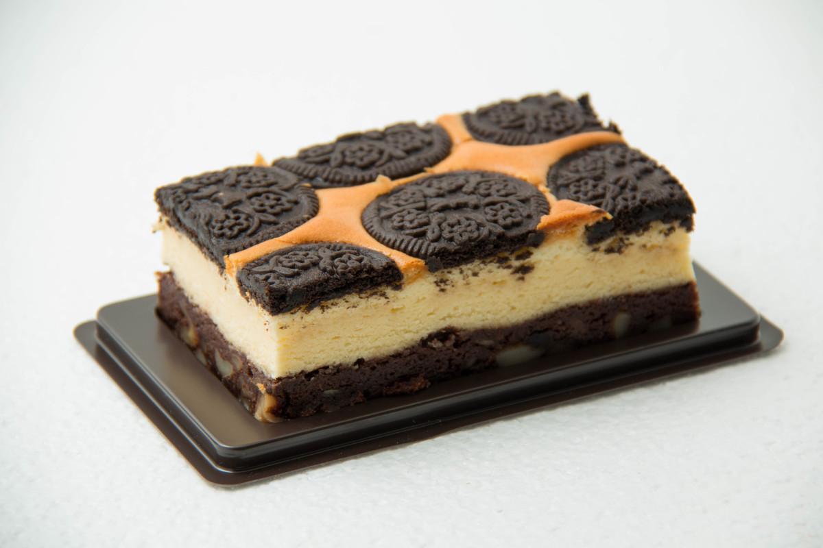 Liz's oreo experience cheesecake