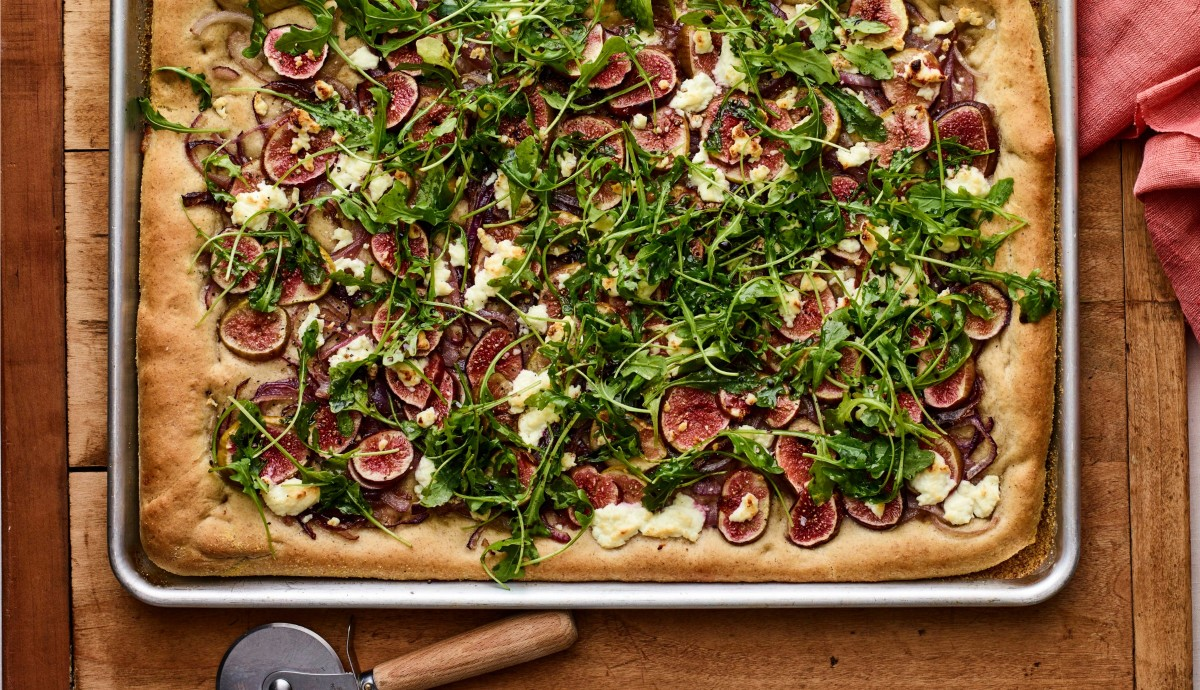 Fig Goat Cheese Rye Pizza