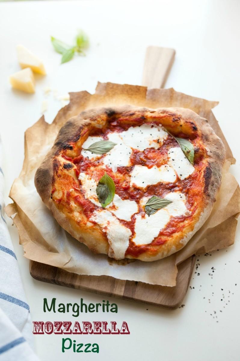Margherita Mozzarella Pizza