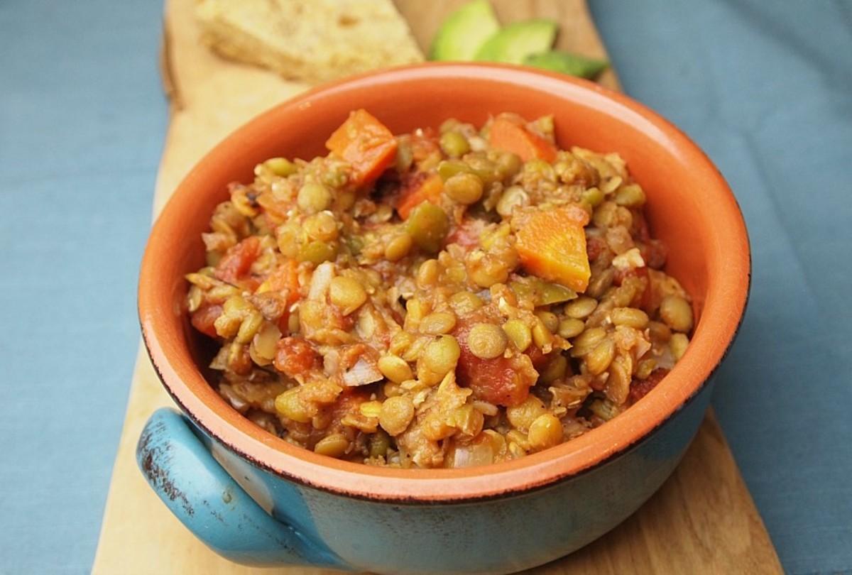 3 lentil vegetarian chili