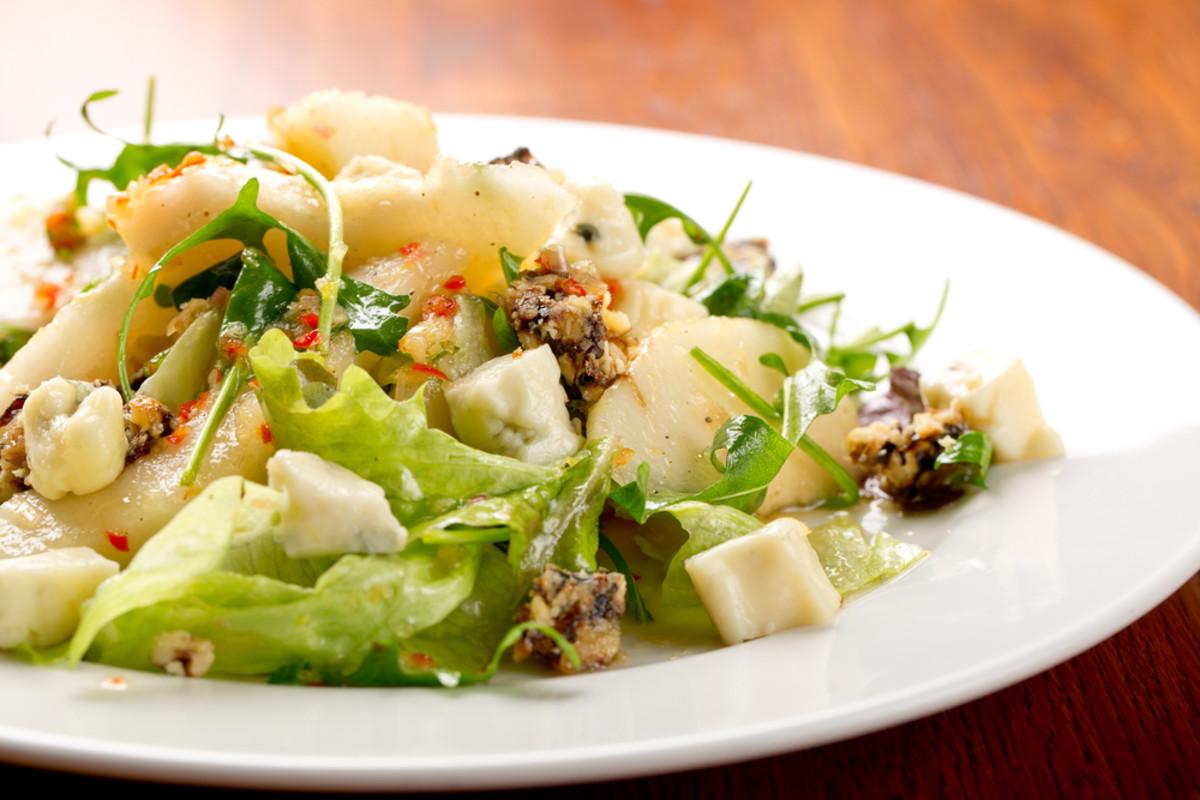 baby greens, pear, walnut and blue cheese salad.jpg