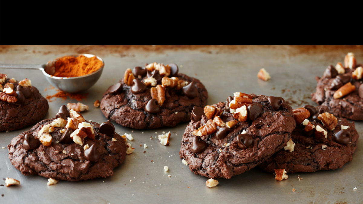 SPICY HOT CHOCOLATE BROWNIE COOKIES