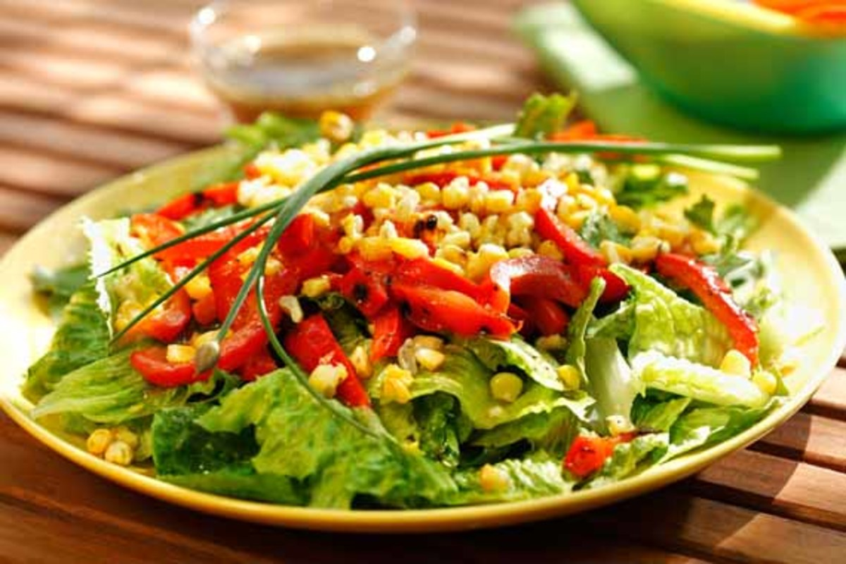 caramelized-corn-red-pepper-salad-chive