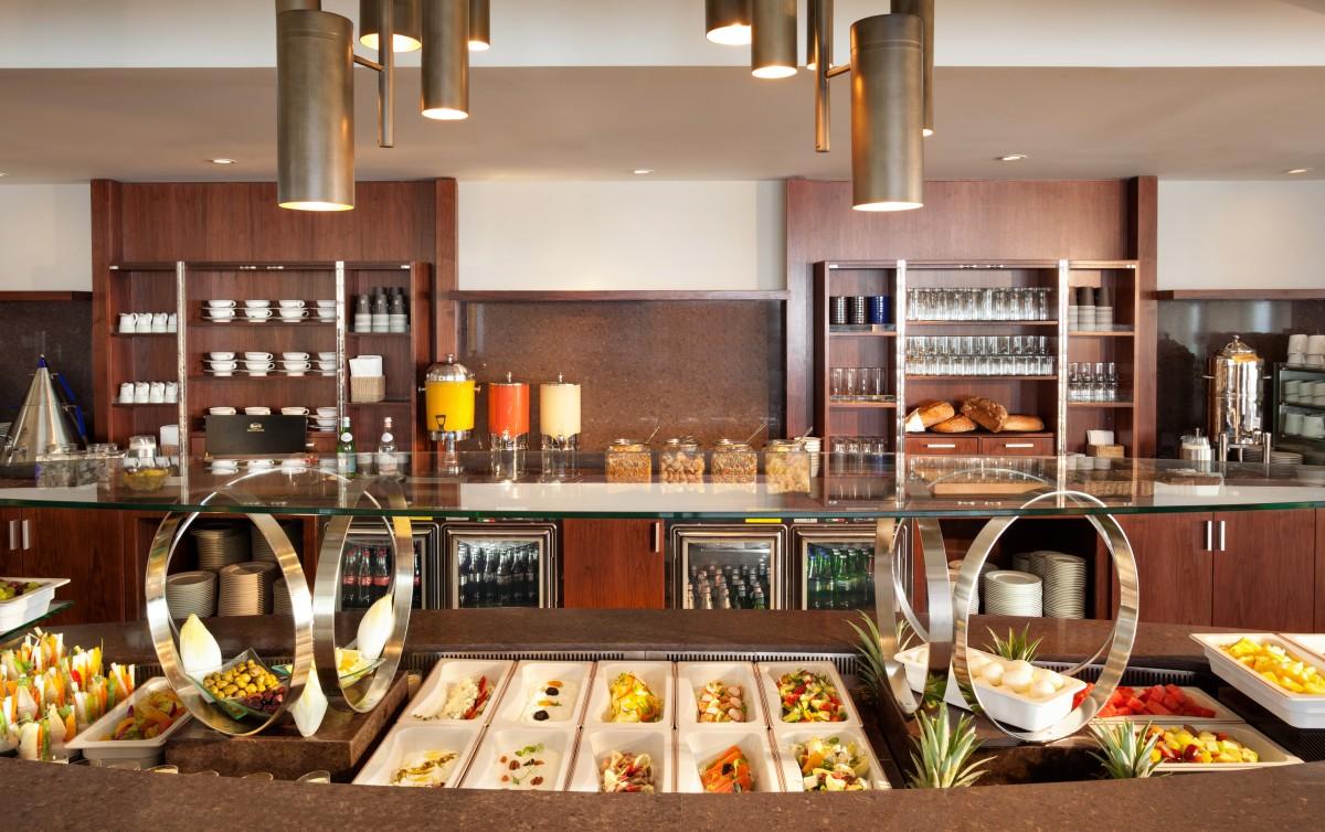 Vista Lounge Breakfast