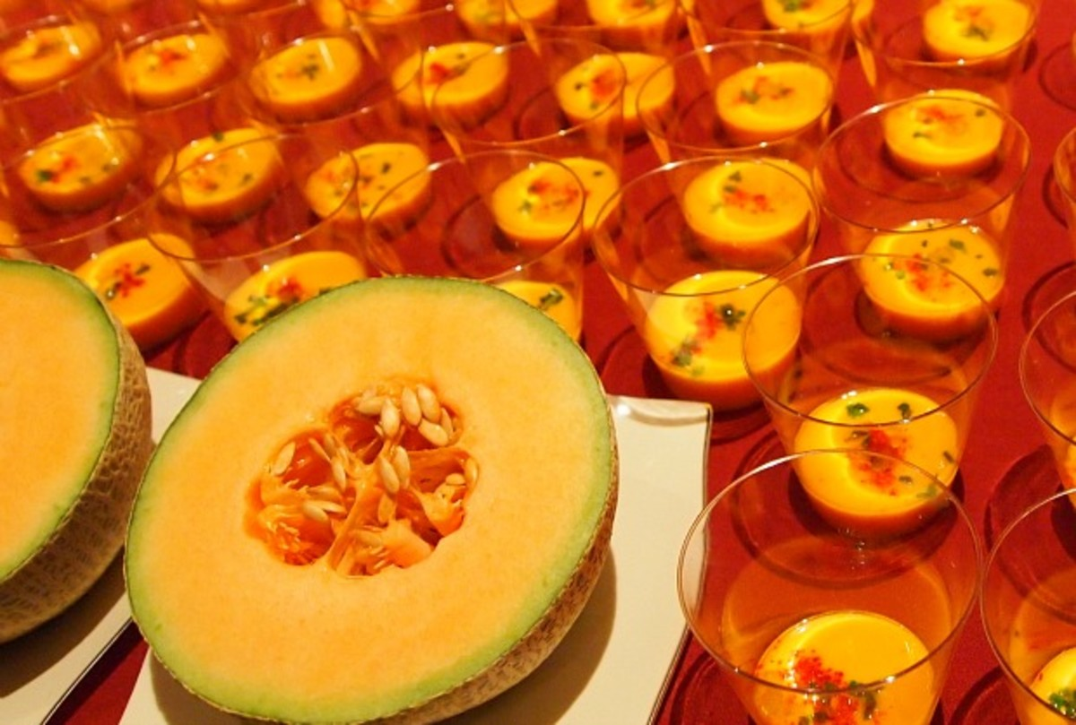 Basil's Cantaloupe Soup from Kosher Food and Wine Experience