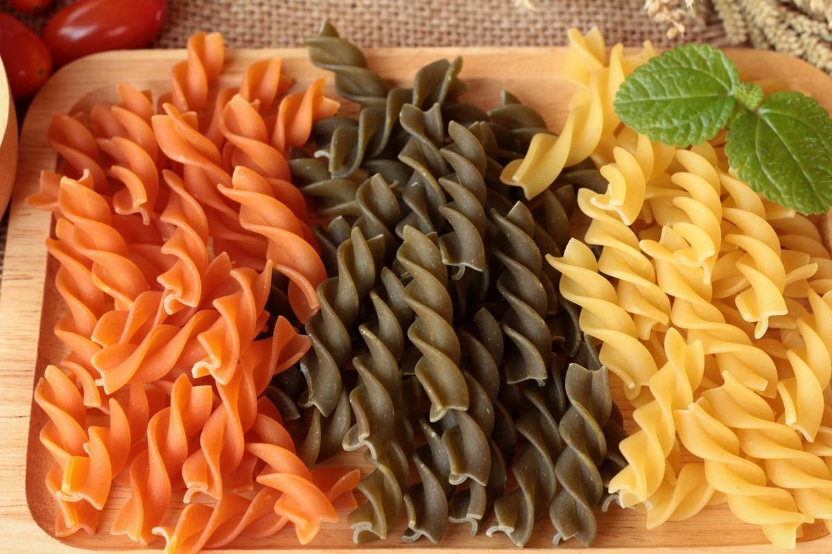 color pasta.jpg