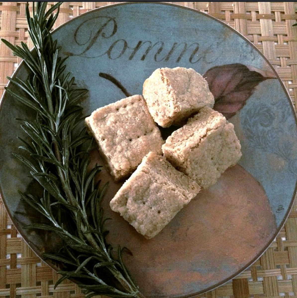 Whole Wheat Lemon Olive Oil Shortbread