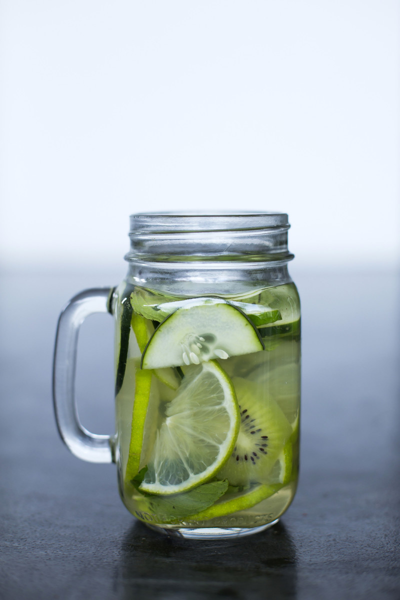 bigstock-Cucumber-infused-water-in-maso-138693212