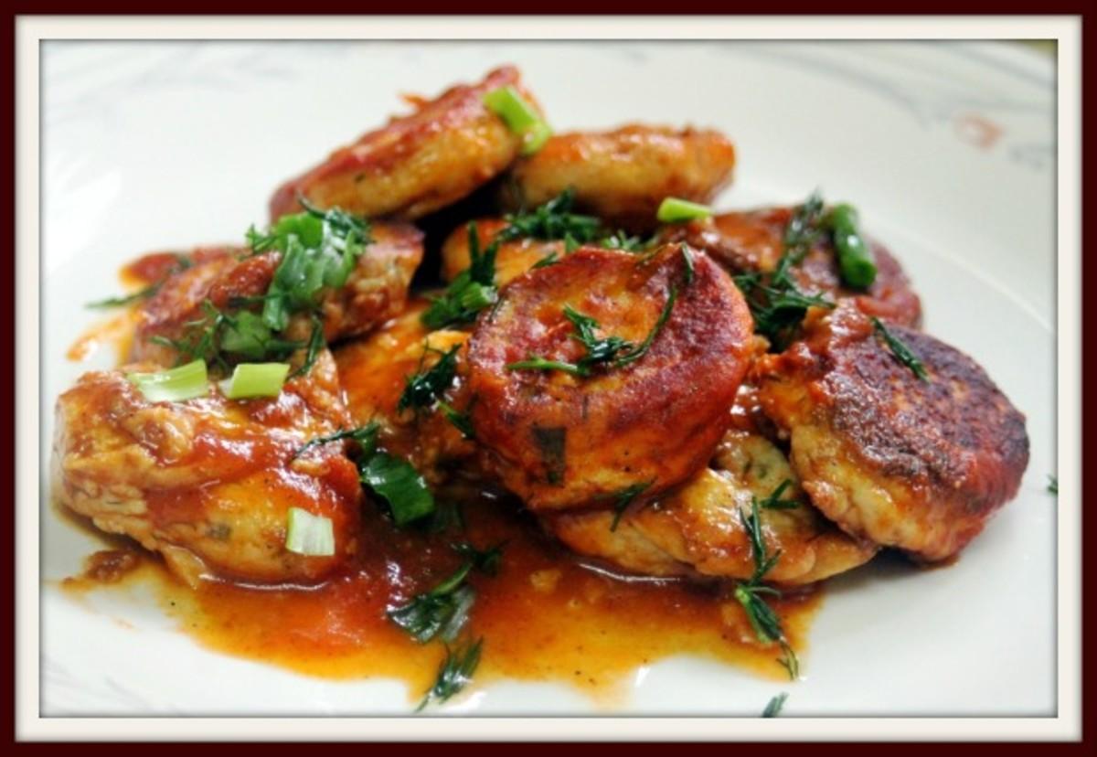 papanash with tomato sauce
