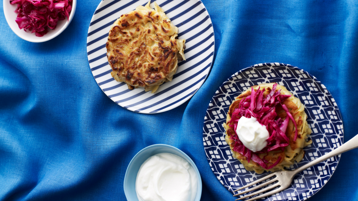 CARAWAY NOODLE CAKES WITH RED CABBAGE