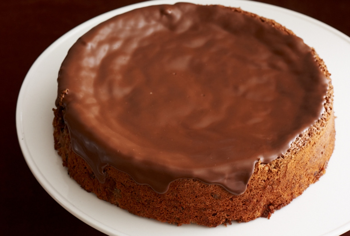 choc-nut-spice-cake