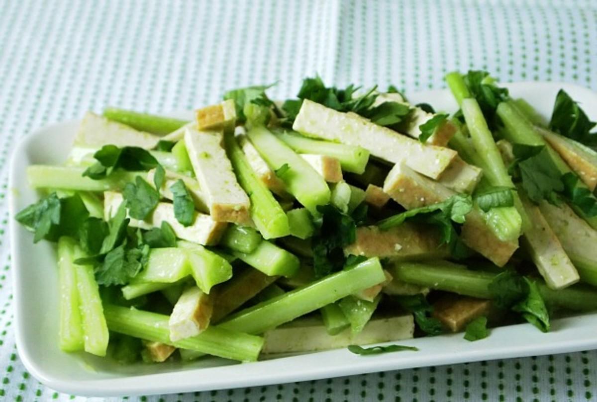 celery and tofu salad with scallion oil