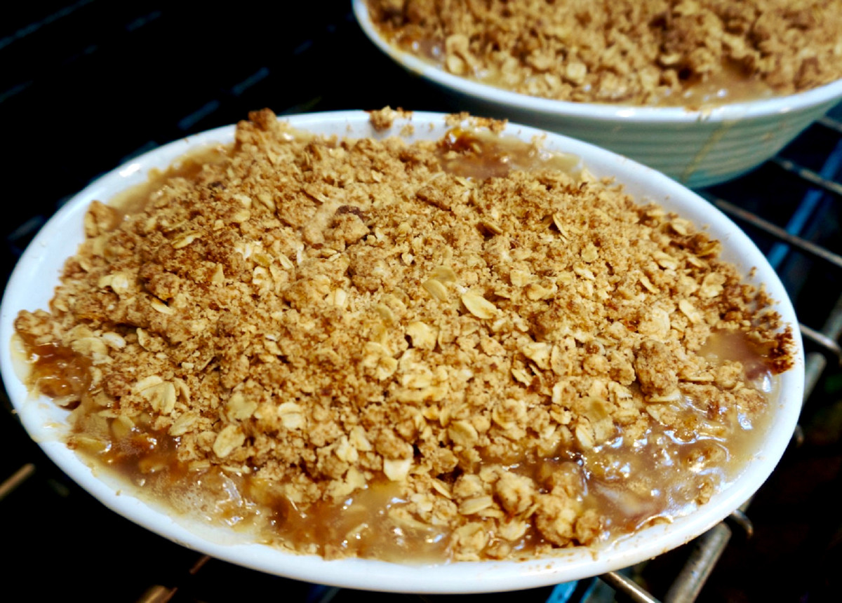 Pear Ginger Crisp