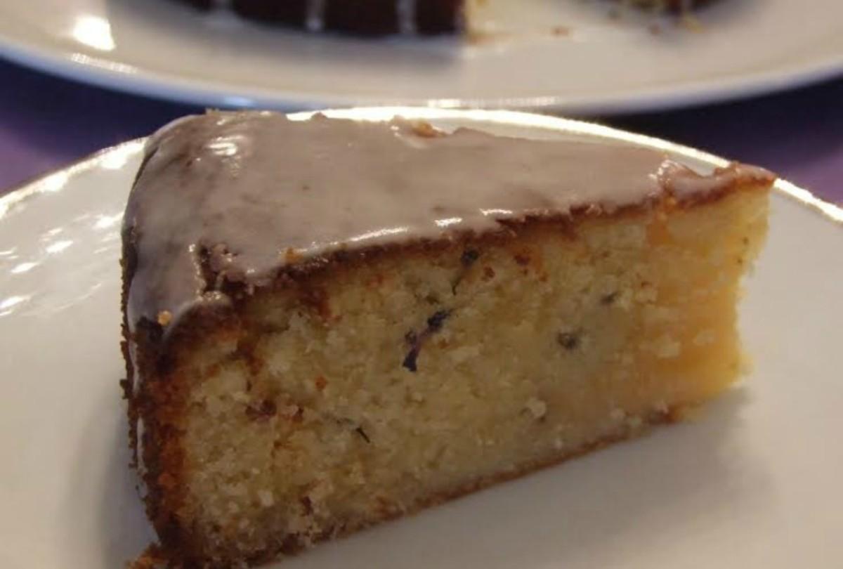 Lemon, Lavender, Almond Cake85