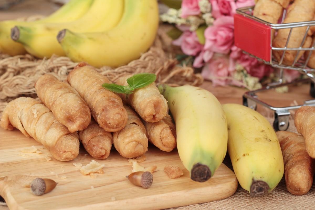 Coconut banana rolls