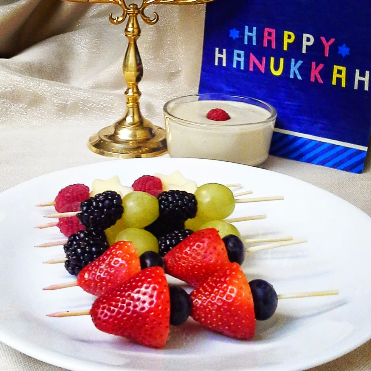Mini Star of David Fruit Skewers with Vanilla Cashew Cream2