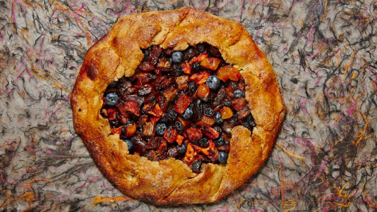 FRESH AND DRIED FRUIT GALETTE