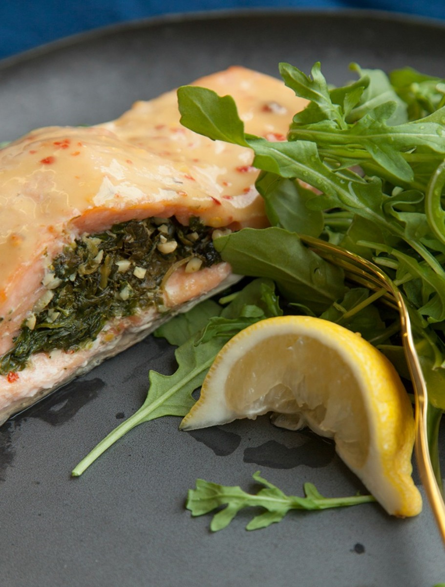 Spinach Pesto Stuffed Salmon cropped1.jpg