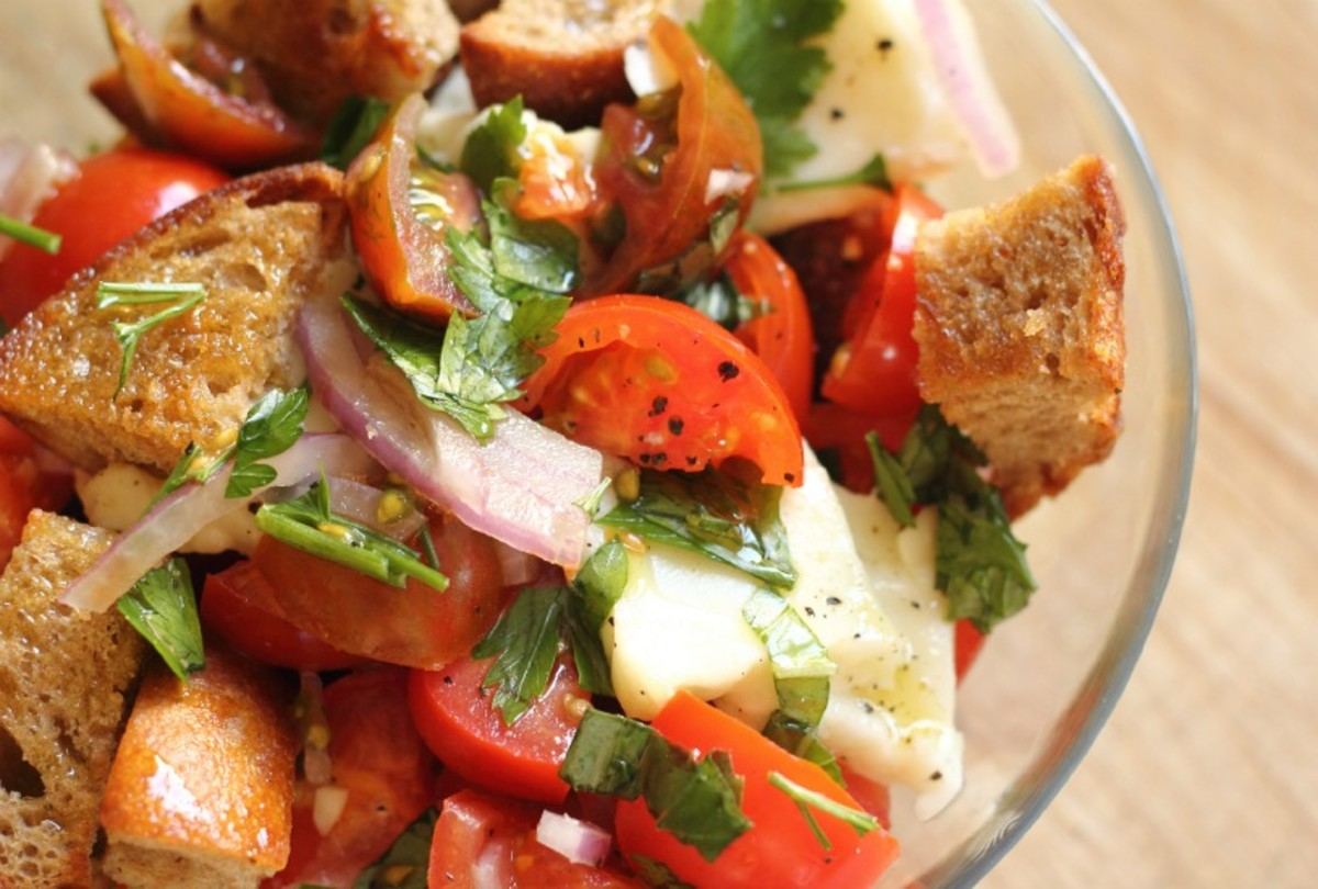Traditional Tomato Panzanella With Buffalo Mozzarella Jamie Geller