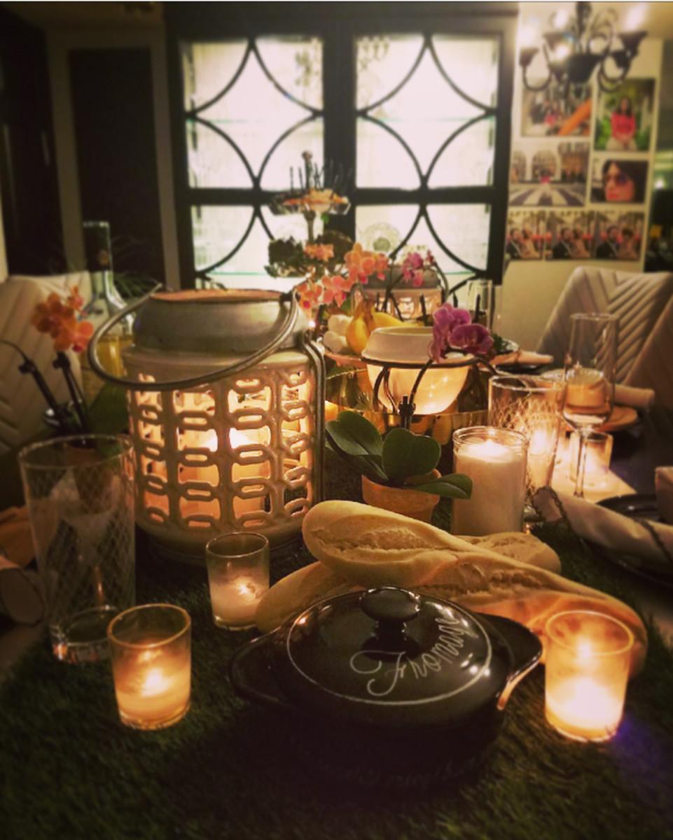 fondue table