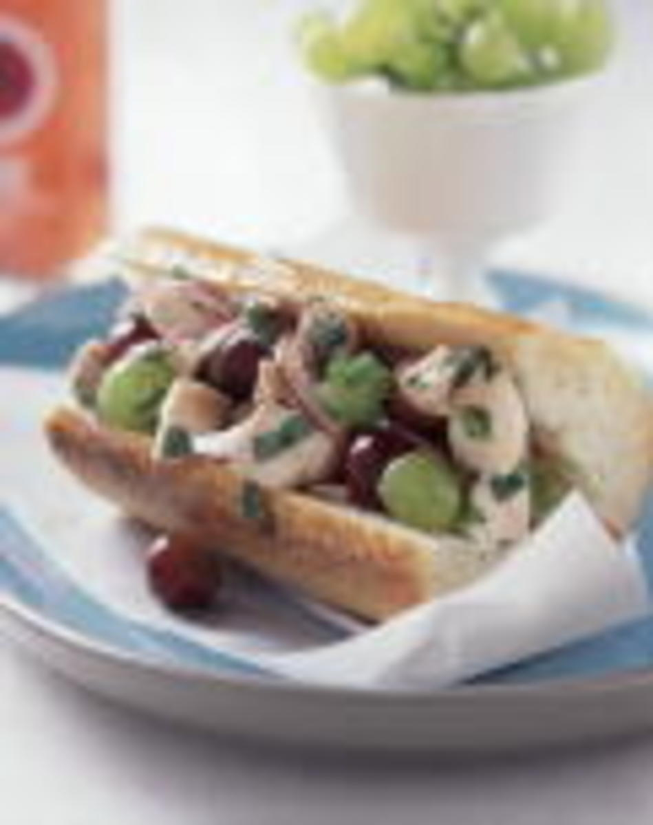 SOUTHEAST ASIAN CHICKEN SALAD WITH FRESH GREEN GRAPES