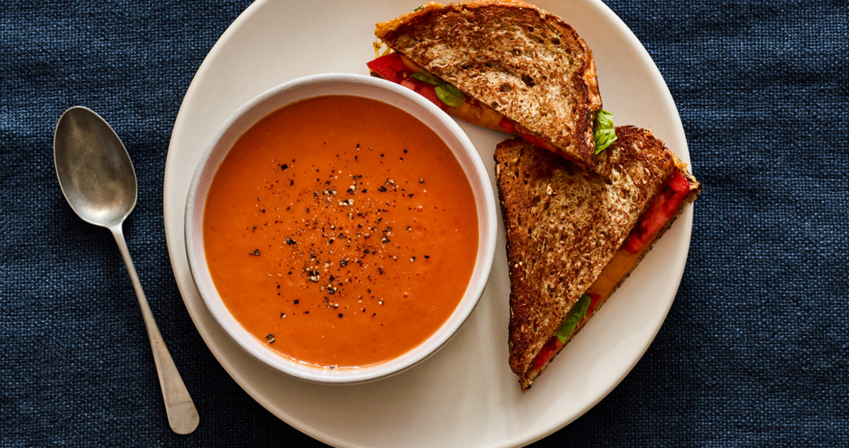 Healthier grilled-cheese-and-tomato-soup