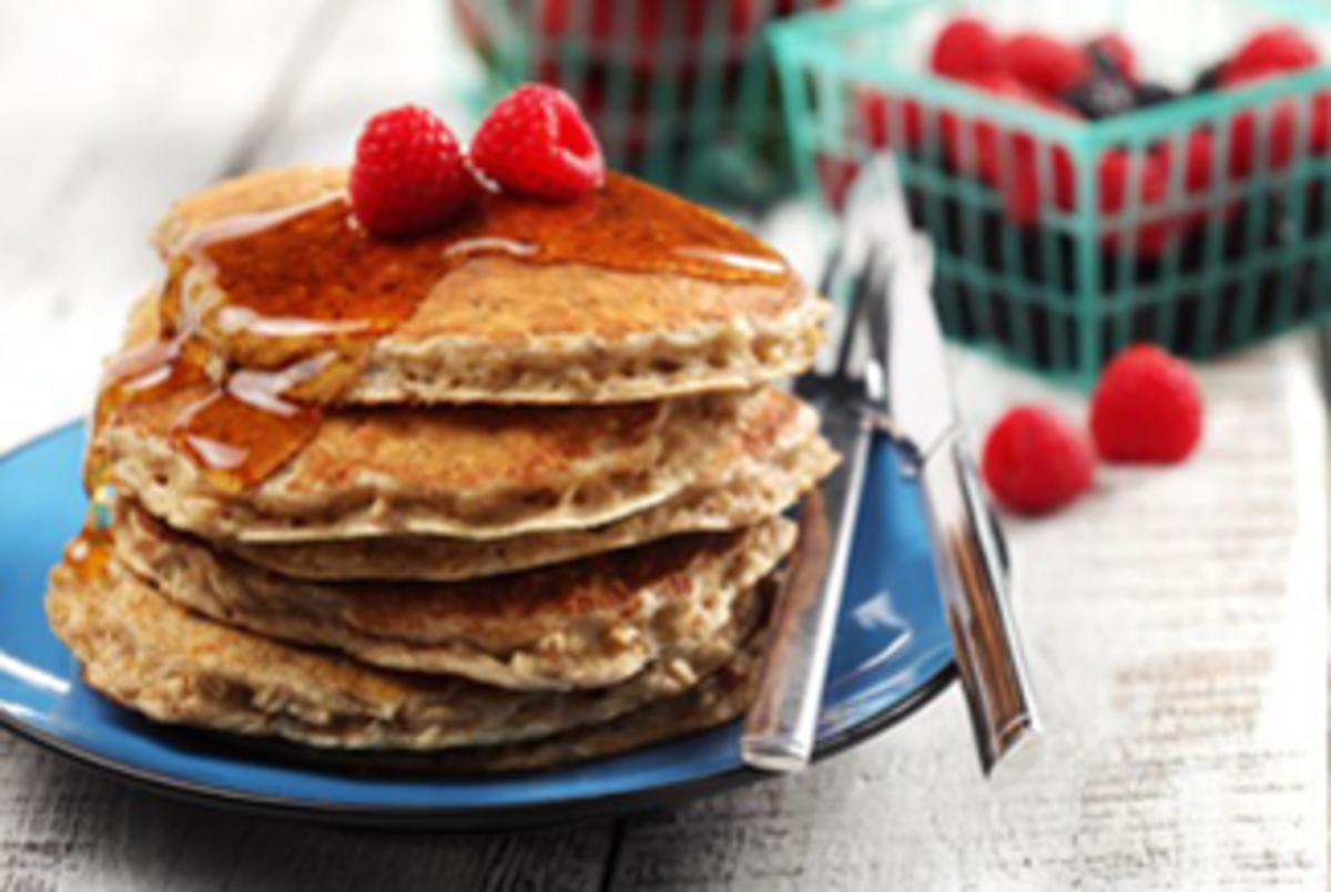 Cinnamon_Oatmeal_Pancakes_325x218