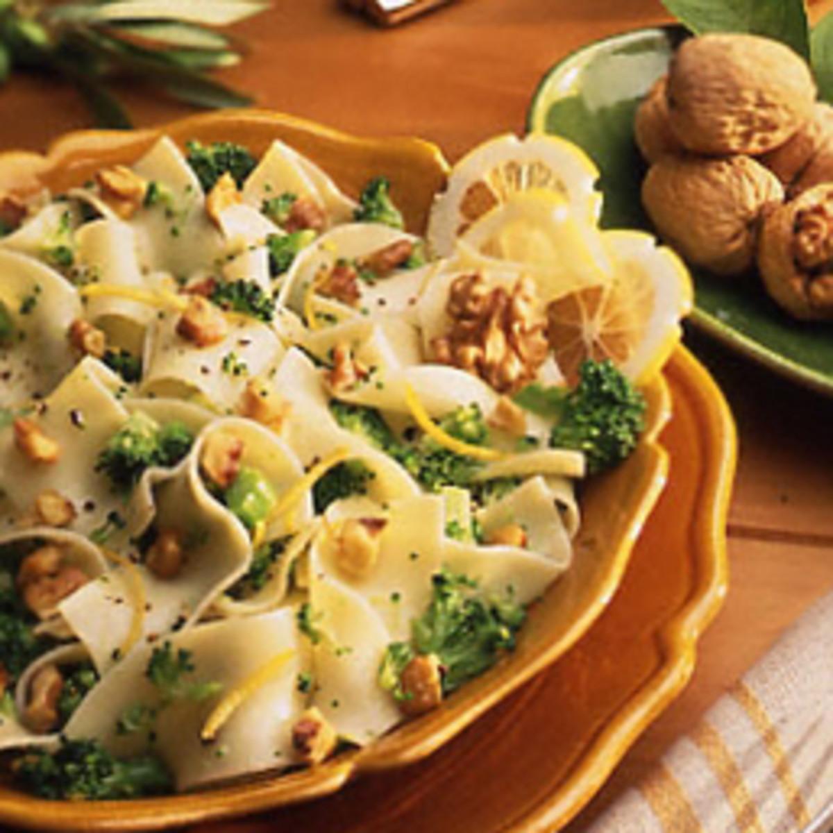 Broccoli Walnut Noodles