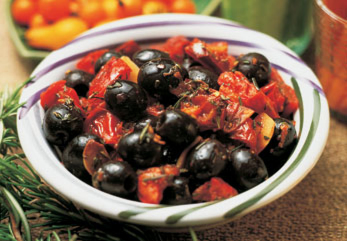 Tomato Citrus Marinated Olives