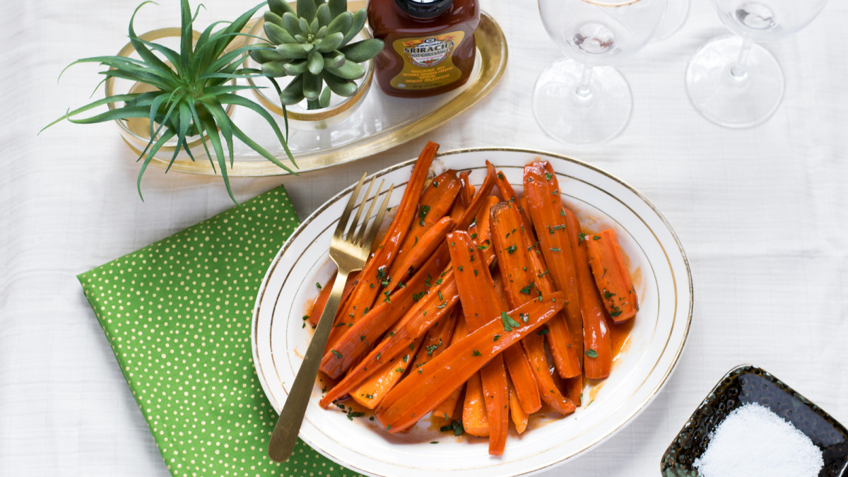 Jamie Geller - Sriracha Honey Glazed Carrots