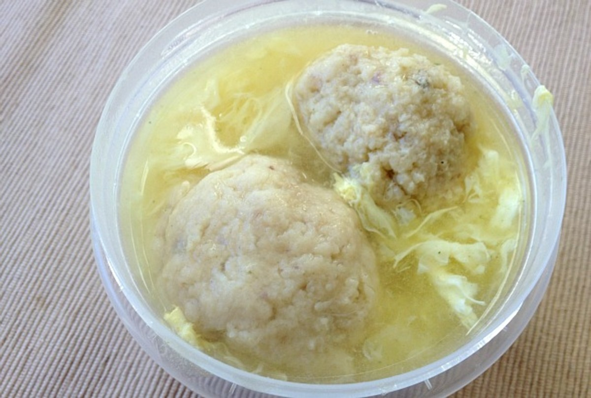 egg drop matzoton soup