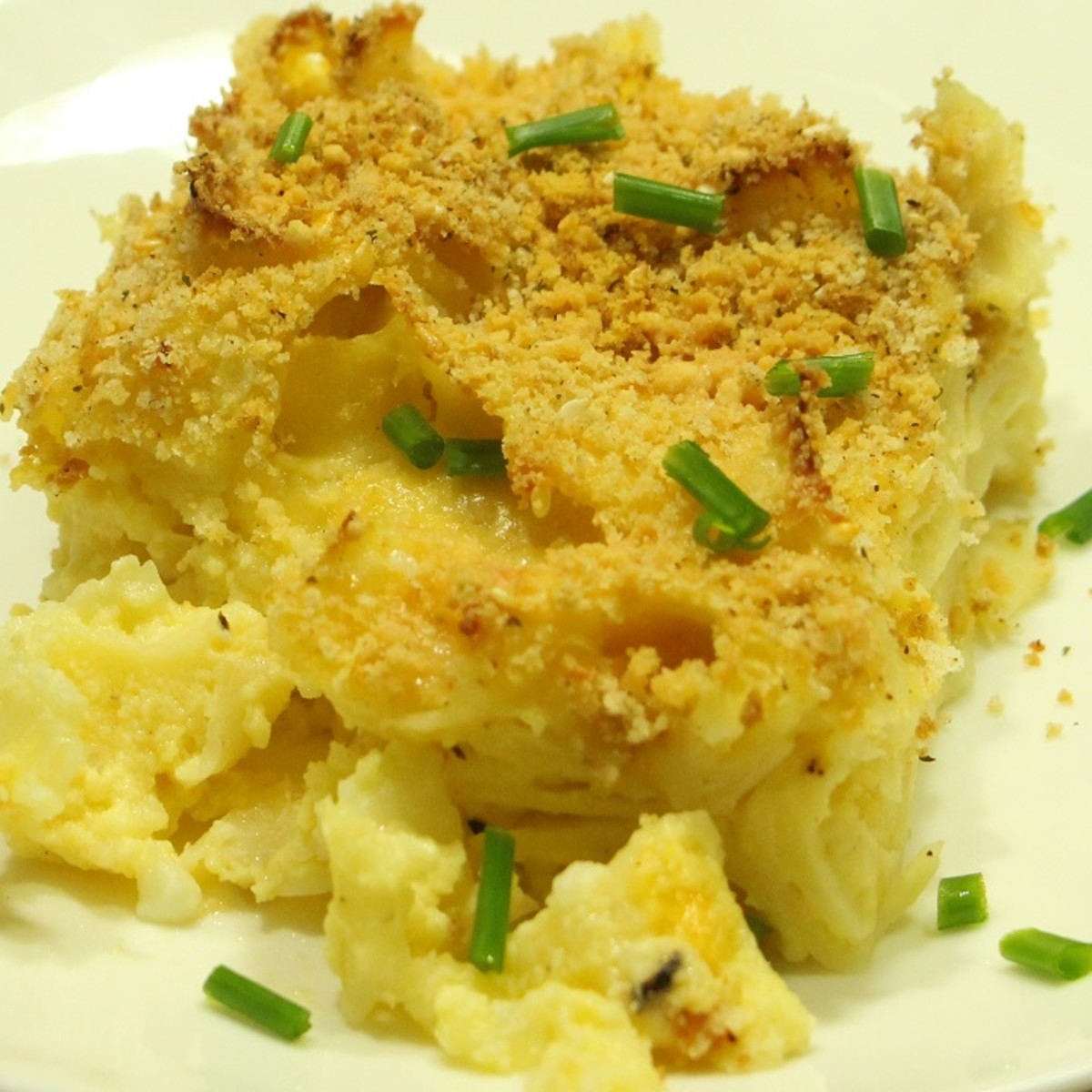 mac and cheese kugel