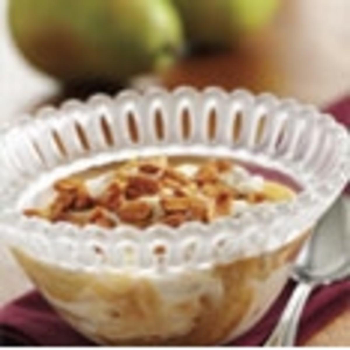 Sautéed Pears With Vanilla Yogurt and Honey Peanuts