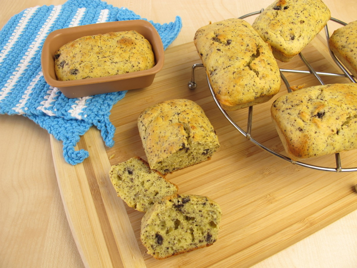 mini poppy-seed loaves