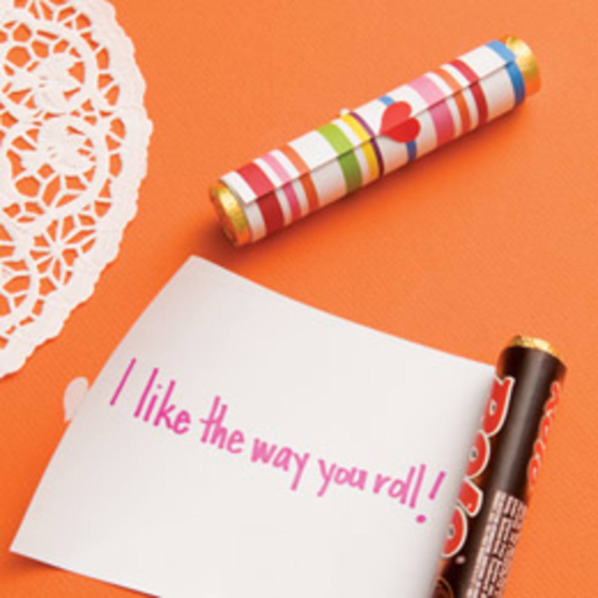on-a-roll-scroll-valentines-day-craft-photo-260-FF0211VALENA05