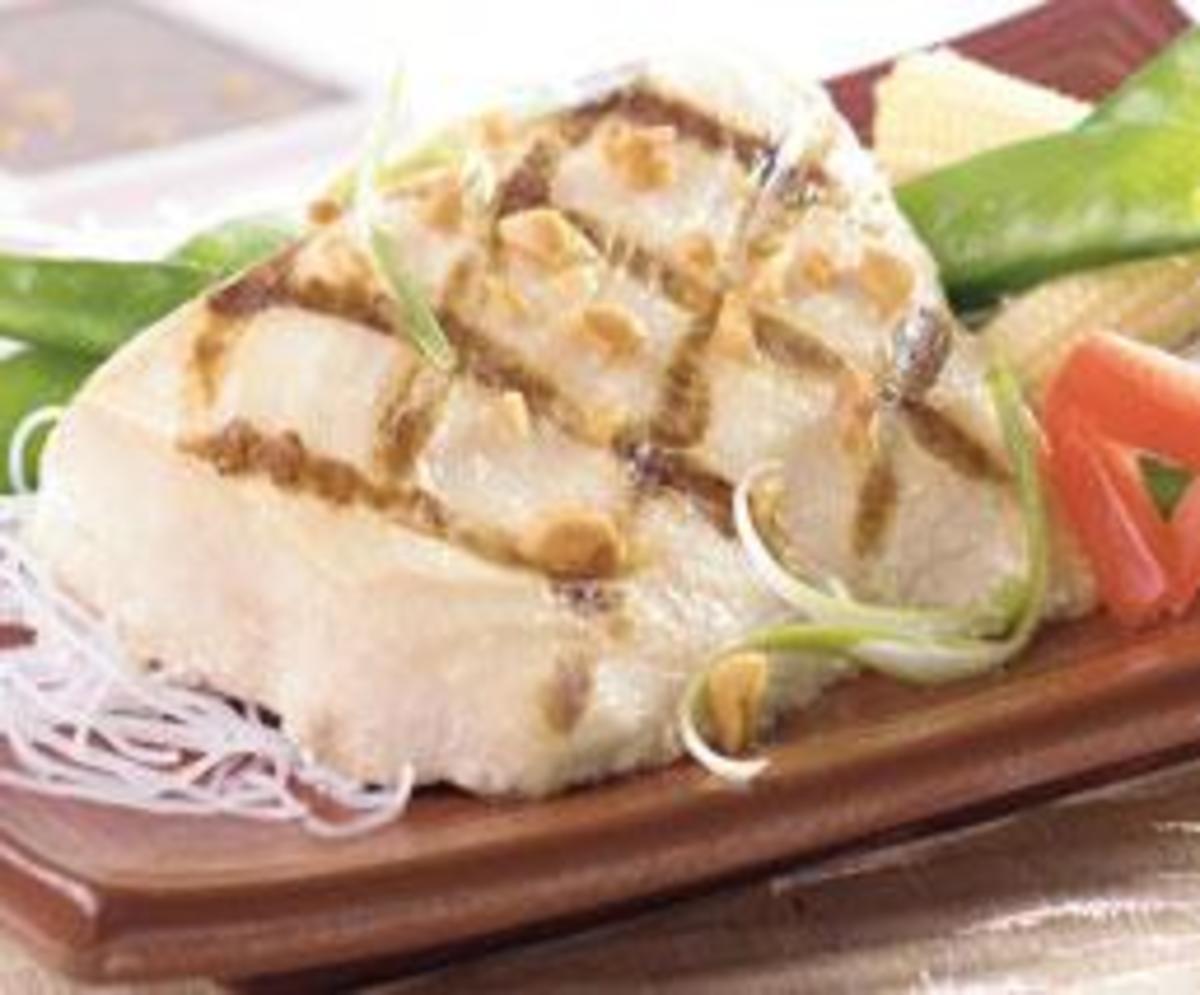 Cross Grilled Mahi Mahi With Mushroom and Tomato Sauce